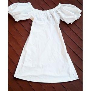 Zacposen White Dress with oversized pleated sleeve